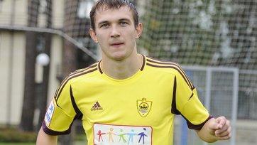 Никита Бурмистров провел неполную тренировку за «Анжи»