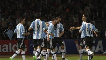 Аргентина в отсутствии Агуэро обыграла Парагвай