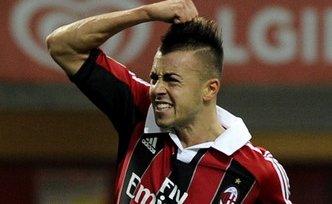 «Милан» не собирается продавать Эль Шаарави
