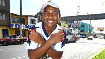 «Анжи» интересуется перуанским футболистом