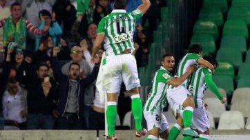 «Бетис» по сумме двух встреч обыграл «Вальядолид» и вышел в 1/8 финала Кубка Испании