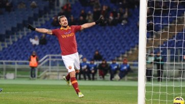 «Рома» уверенно шагает в следующий этап кубка Италии