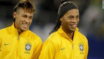 Неймар с огромным отрывом опередил Роналдиньо в споре за лучшего футболиста Бразилии