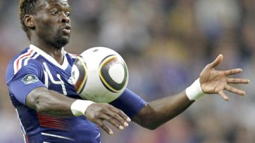 Луи Саа может продолжить карьеру в Африке