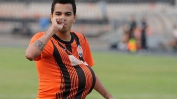 Дентиньо официально стал игроком «Бешикташа»