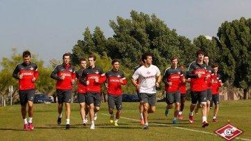«Спартак» провел первую тренировку в Абу-Даби