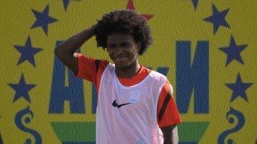 «Анжи» может подписать полузащитника «Шахтера»