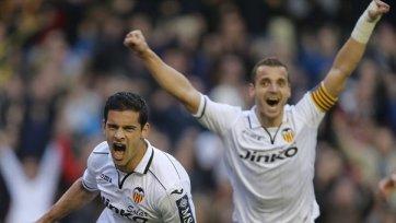 «Валенсия» в меньшинстве забила два гола «Мальорке»