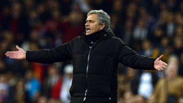 Жозе Моуринью не может определиться с составом на матч против «Барселоны»