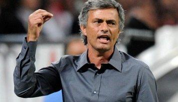 Моуриньо: Дель Боске был незаконно назван лучшим тренером 2012 года