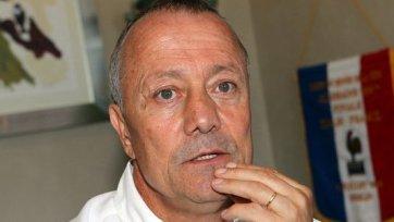 Бернар Лякомб: «Женщинам нечего искать в футболе, их место на кухне»