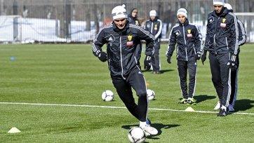 «Анжи» в полу-боевом  составе готовится к матчу против «Краснодара»