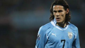 Кавани может не сыграть против «Торино» из-за задержки
