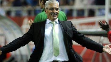 «Панатинаикос» в третий раз остался без тренера