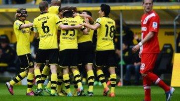 «Боруссия» обыгрывает «Аугсбург», но складывает чемпионские полномочия