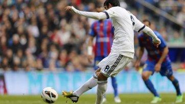 Мадридский «Реал» разгромил «Леванте» на «Сантьяго Бернабеу»