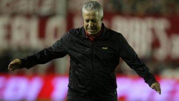 «Индепендьенте» остался без тренера
