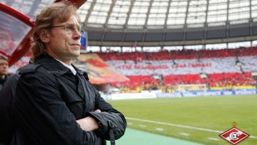 Валерий Карпин будет наблюдать за матчем против «Анжи» с трибуны