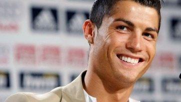 Криштиану Роналду продлил контракт с Реалом до 2018 года