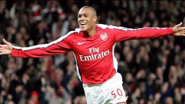 Бывший нападающий «Арсенала» самый высокооплачиваемый в Таиланде