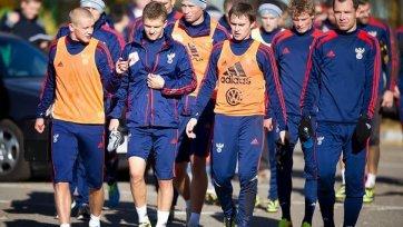 Тренировка сборной России началась с запозданием