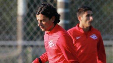 Коста и Барриос вновь в строю