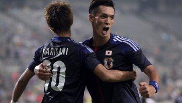 Миланские клубы борются за японского полузащитника