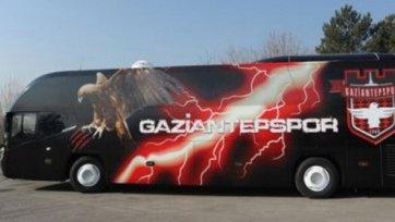 У клуба Милевского за долги забрали автобус