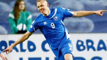 Форвард сборной Исландии угодил в лазарет