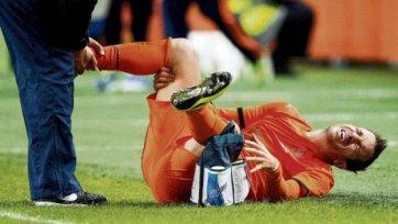 Товарищеский матч для Ван дер Ваарта закончился переломом