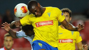 «Эшторил» не позволил «Севильи» оформить выход в плей-офф
