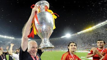 Луис Арагонес завершил тренерскую карьеру