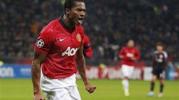 Валенсия может задержаться в «Манчестер Юнайтед»