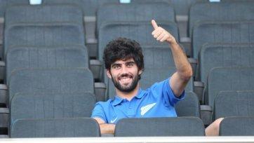 Итальянский клуб предлагает за Нету семь млн. евро
