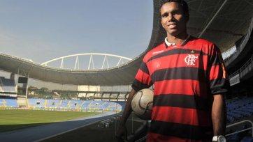 «Кальяри» может подписать защитника «Фламенго»