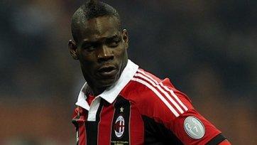 «Милан» опроверг слухи в отношении Марио Балотелли