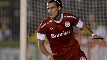 Форлан может сменить один бразильский клуб на другой