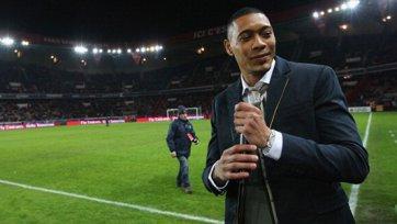 Официально: Оаро подписал контракт с «Бордо»