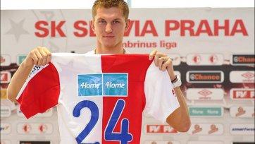 Томаш Нецид продолжит карьеру в «Славии»