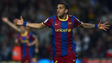 Алвес не поможет «Барселоне» в ближайшем матче