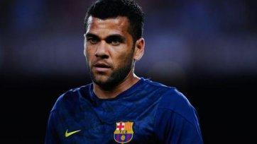 «Барселона» готова расстаться с Алвесом