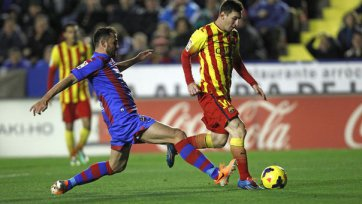 «Барселона» неожиданно оступается в матче с «Леванте»