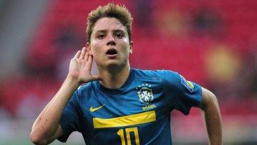 Официально: «Кальяри» подписал хавбека бразильской молодежки Адриана