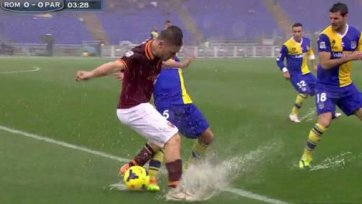 Матч «Рома» - «Парма» прерван из-за дождя