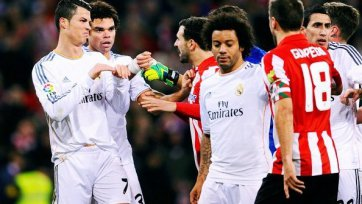 Роналду грозит три матча дисквалификации