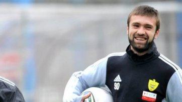 Махач Гаджиев снова будет играть в «Анжи»