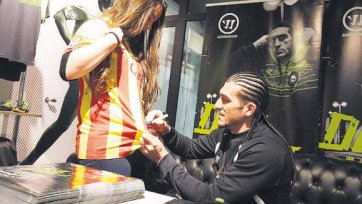 Пинто хотел бы продолжать играть за «Барселону»