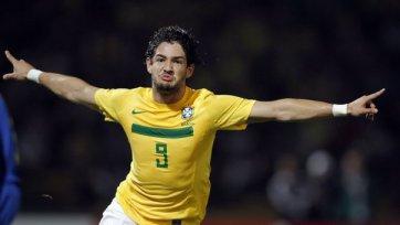 Пато сменил один бразильский клуб на другой