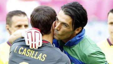 Буффон: «То, что происходит с Касильясом в «Реале», сделает его сильнее»