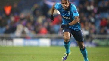 «Барселона» интересуется двумя игроками «Порту»